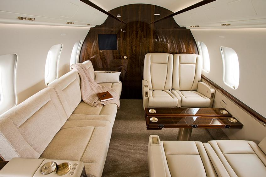 Challenger 605 Private Jet