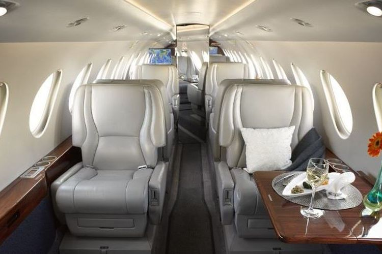 Falcon 50 Private Jet