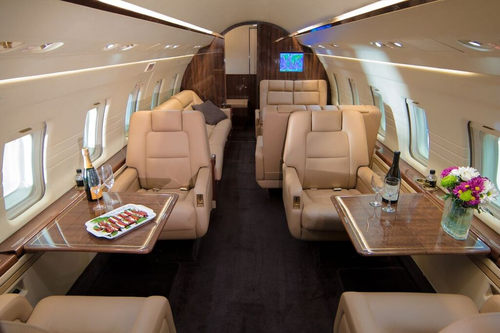 Challenger 601 Private Jet